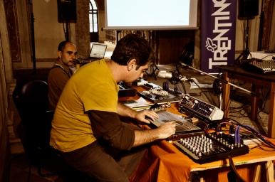 68. Difondo - soundcheck - Live in Ala 12.10.12