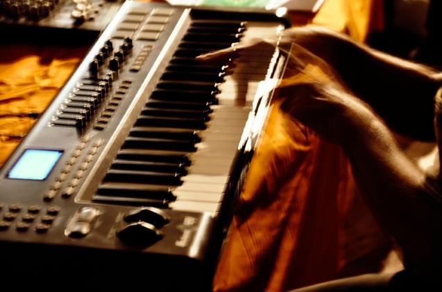 81. Difondo - Live in Ala 12.10.12 (Sergio Camedda - sampler)